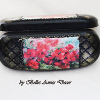 Eyeglasses case, glasses case poppy, gift for mother, gift for wife, women gift, grandmother gift, black glasses case, birthday gift woman