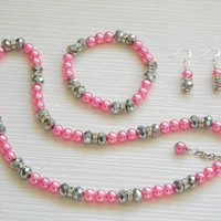 Pearl necklace: Pink pearl set, necklace, bracelet and earrings. Great for wedding, bridesmaid and gift for her, for mum and teacher