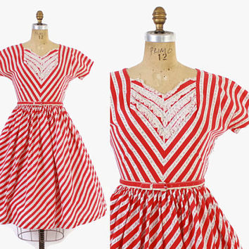 Vintage 50s NOVELTY Print DRESS / 1950s Good Luck Safety Pin Print Dress M