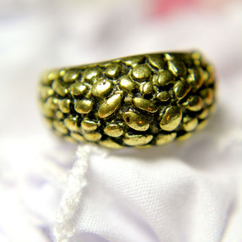 Scales Ring