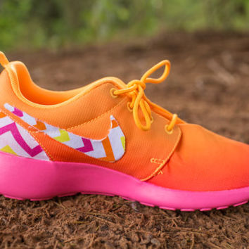 Women's Custom Chevron Nike Roshe Runs