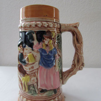 14-0811 Vintage 1950s Made In Japan German Style Tankard / Beer Stein / Anthropomorphic / Beer Mug w/ Handle