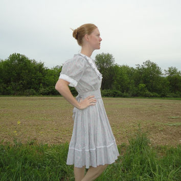 Gray floral square dance dress, ruffles, white collar, western, country dress, Jeri Bee