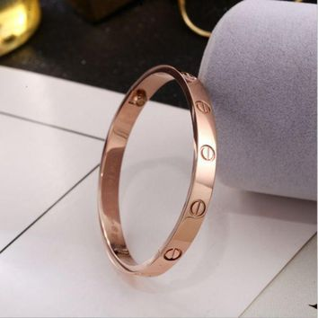 ONETOW Perfect Cartier Women Fashion LOVE Plated Bracelet Jewelry