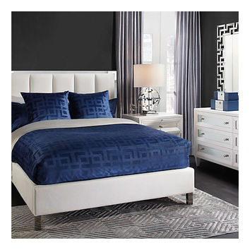 Emory Bed | Acrylic | Trends | Z Gallerie