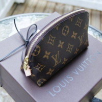 LV Louis Vuitton Fashion Zipper Toiletry Handbag Cosmetic Bag Purse Wallet