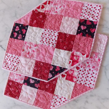 Valentine's Day Quilted Place Mats in Pink, Red - Set of 2