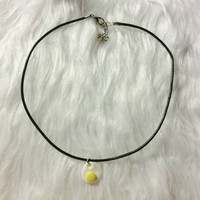 Mini egg choker