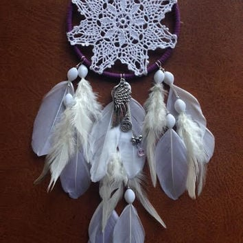 Dreamcatcher - Modern Doily - White - Angel Wings