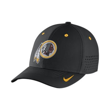 Nike Legacy Vapor Swoosh Flex (NFL Redskins) Fitted Hat