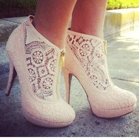 Lace heels - LikeaLady.net - inspiring picture on Favim.com