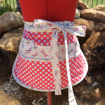 Dragonfly Sassy Vendor Apron, Half Apron with 6 pockets, Sturdy, Utility, Crafts, Gardening, Money Pocket with Velcro Tab, Teacher's Gifts