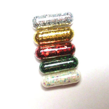 Glitter Pills, Glitter Pill, Christmas Colors, 5 Pills, Unique Gift, Reindeer Poop, Funny Gift, Gag Gift, Raver Gift, Girl Gift, Craft Gift