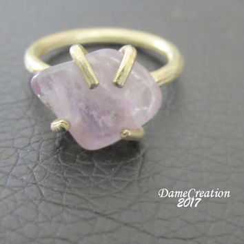 Raw Gemstone Ring - Raw Amethyst Ring - Indie Ring - Brass Ring - Amethyst Jewelry - Hammered Brass Ring - Claw Gemstone Ring - Gift for Her