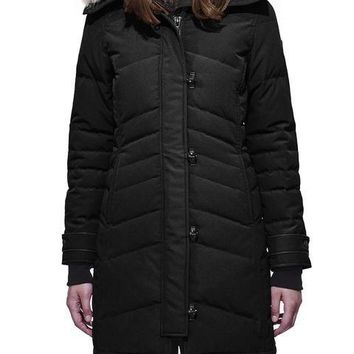 Canada goose Winter fashion to keep warm WOMEN Long down jacket /black
