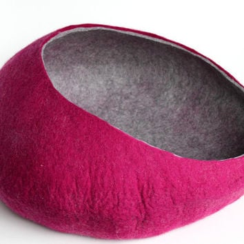 Wide dog bed / dog cocoon/ Cat cave / cat bed / felted cat cave / cat nap cocoon