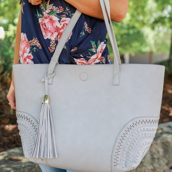 SOUTH OF THE BAY TOTE - GREY