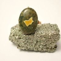 Beautifully Patterned Green Rhyolite Stone Copper Ring