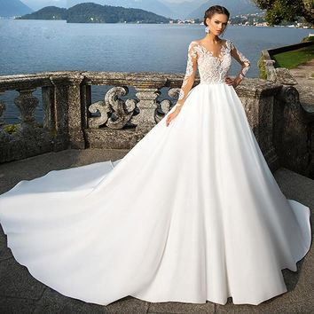 Newest Lace Satin Wedding Dress Cathedral Royal Train with Button Back Vintage Bridal Gown Vestido De Novia