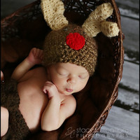 Crochet Baby Hat, Crochet Hat, Baby Reindeer Hat, Animal Hat, Christmas Hat, Newborn Hat, Infant Beanie, Photo Prop Brown, Red