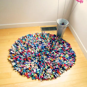 "T Shirt Rug / Cotton / Multicolor / 36"" Round / Modern / Fashion / Fun / Soft / Area Rug / For Her / Cotton / by ohzie"
