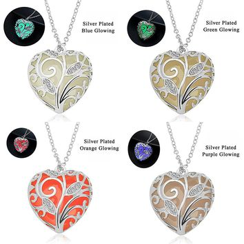 New Glow In The Dark Locket Silver Hollow Glowing Stone Pendant Steampunk Statement Pendants Heart Love Luminous Necklace Women