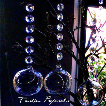 Tea light hanging bubbles set of  6- 3.5 Inch LED tealight candle holder with 7 Inch acrylic garland.