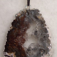 NKGeodeS151 Sterling Silver Necklace made with Unique Piece of Geode Pendant