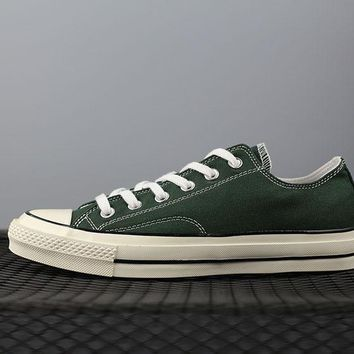 converse 1970s fashion canvas flats sneakers sport shoes green