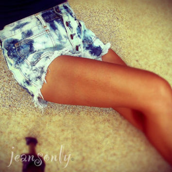 On Sale,Vintage high waisted ombre studded cut off denim short by Jeansonly