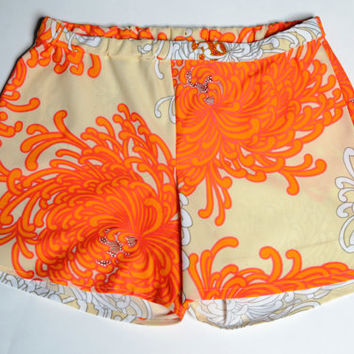 Hawaii-50 Vintage 1960s Psychedelic Hawaiian Print Shorts