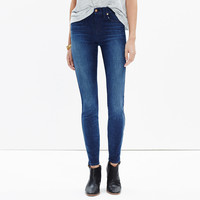 "9"" High-Rise Skinny Jeans in Surfside Wash"