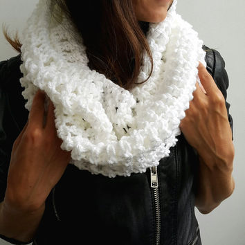 WHITE SCARF  WOMENS Hand Crochet Scarf Soft Infinity Braided Cable Boho Cowl Loop Crochet Slouchy Scarf Slouch Beanie Hand Winter