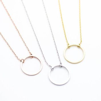 DCCKHNW Circle eternity necklace
