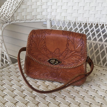 Leather Hand Tooled Purse, Western Handbag, Deer, Acorns, leaves, Adjustable strap
