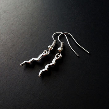 Lightning Earrings, 90s Jewelry, Cute Earrings, Kawaii Jewerly, Lightning Bolt, Grunge Earrings, Soft Grunge Jewelry, 90s Grunge, Tumblr