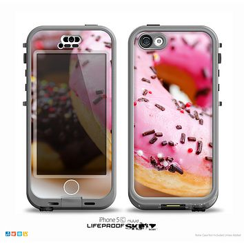 The Sprinkled Donuts Skin for the iPhone 5c nüüd LifeProof Case
