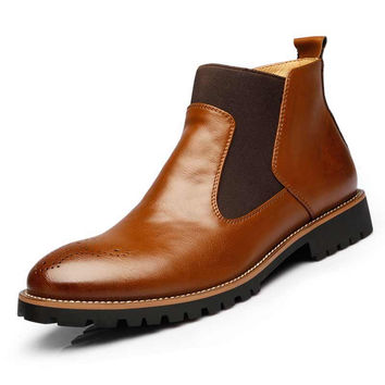 2016 British Mens chelsea boots black Autumn Winter Brogue Shoes Genuine Leather Ankle Boots Fur Flat Slip-On cut-outs X081902