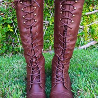 Take A Hike Boots: Brown