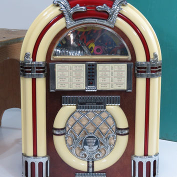 Vintage Jukebox Radio Cassette Player AM/FM Retro 1950s Diner Style Spirit of St. Louis