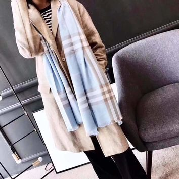 """""""Burberry""""Women Casual Fashion Classic Comfortable Double Printing  Lattice Sided Scarf"""