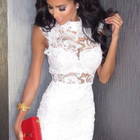 White Halter Neck Sleeveless Crochet Lace Bodycon Mini Dress