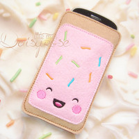 KAWAII POP TART phone case, fake food phone case, felt pastry case, device case, iphone case, phone carry case, shabby chic, pink, turquoise