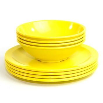 Texas Ware Dinner Plates & Bowls (Set of 8 Pieces) - Retro Sunshine Yellow Melamine Melmac Plastic Dishes - Vintage Home Kitchen Decor