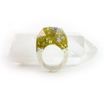 Terrarium + Silver Leaf Resin Ring • Size 8.5 • Geometric Terrarium Ring • Science Specimen Ring • Nature Moss Eco Resin Ring