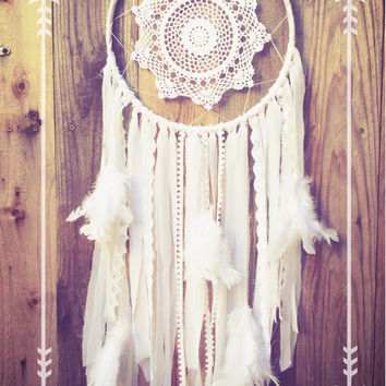 White Lace Crochet Doily Shabby Chic Boho Gypsy Feather Dreamcatcher