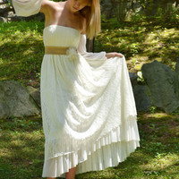 Ivory Vintage Wedding Dress Lacen Maxi Gown - Handmade / Free Shipping