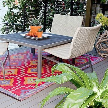 Lhasa Outdoor Rug is made of Recycled Plastic
