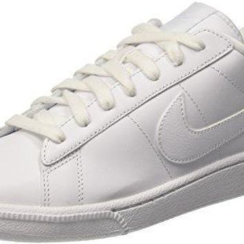 NIKE Men's Tennis Classic Leather Fashion Sneaker