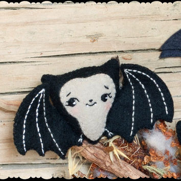 PDF. Cute bat halloween pattern. .Plush Doll Pattern, Softie Pattern, Soft felt Toy Pattern.